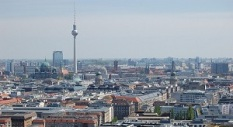 berlin-1932468_1920_small_2